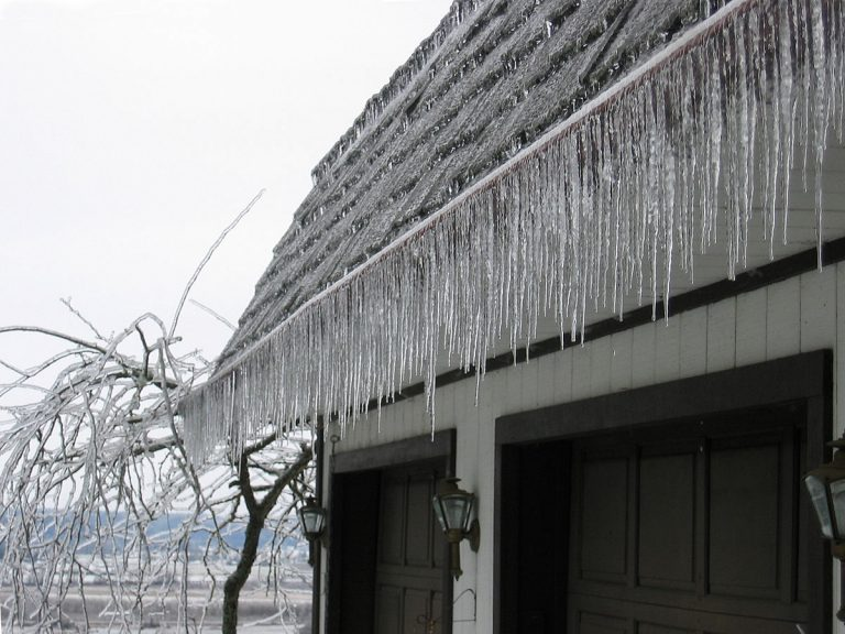 hielo en los tejados