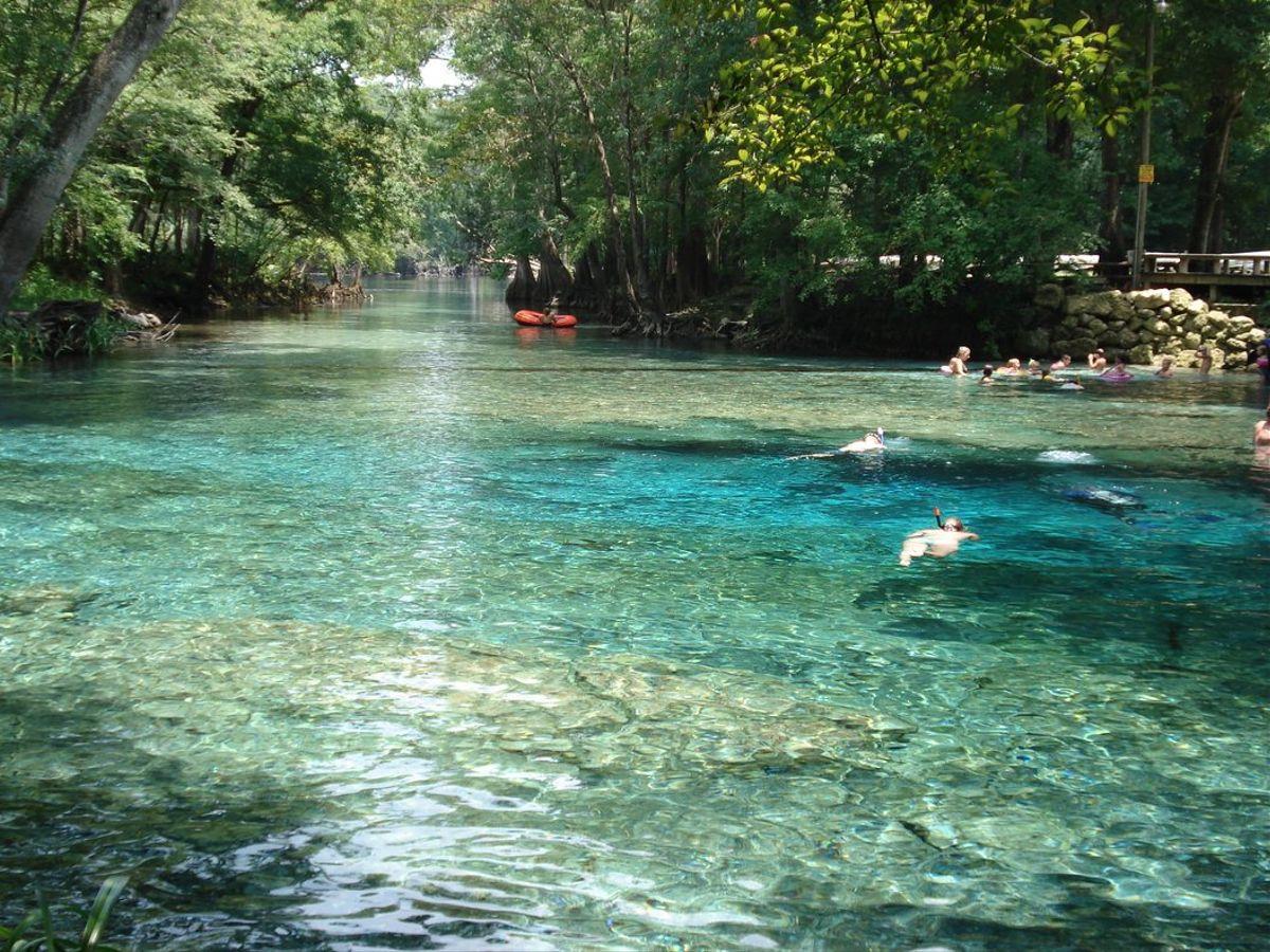 manantial de agua protegida