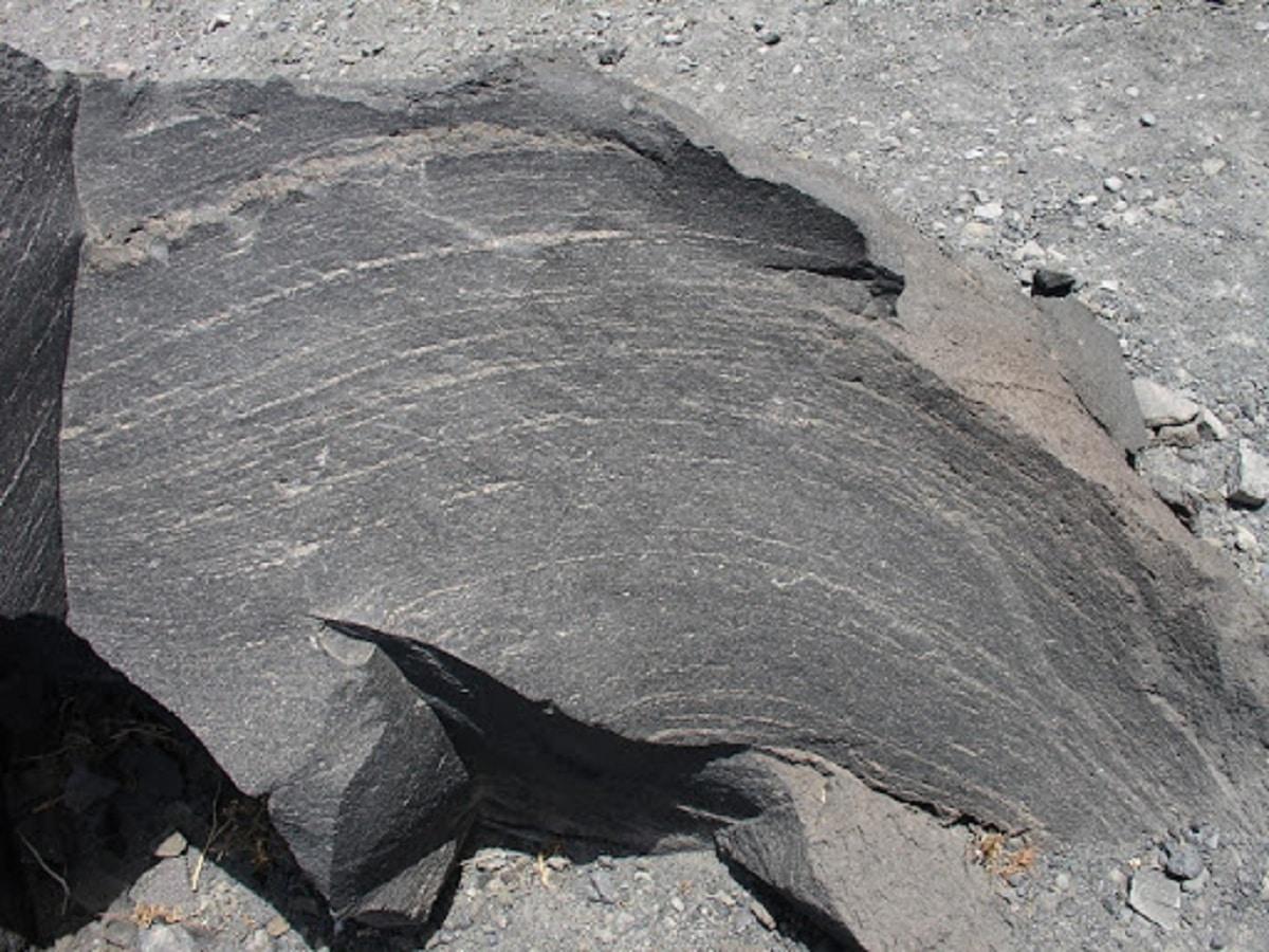 que es una roca y caracteristicas
