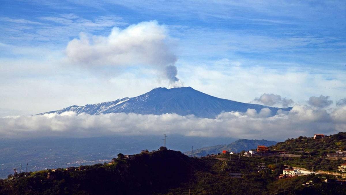 volcan en sicilia