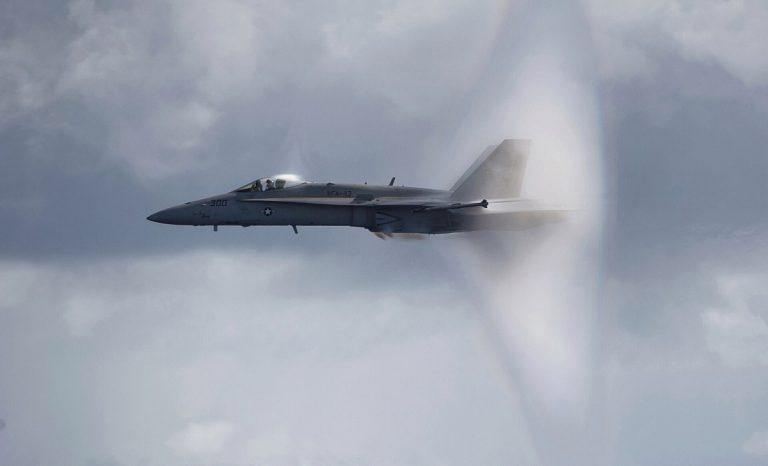 velocidad del sonido en aviones